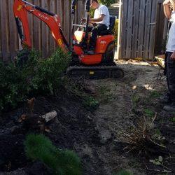 Bestrating en beplanting verwijderen