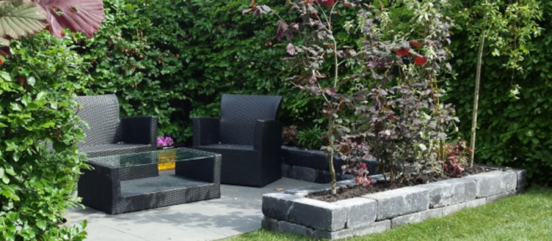 Hovenier Oosterland - Gezellige Zithoek in Tuin