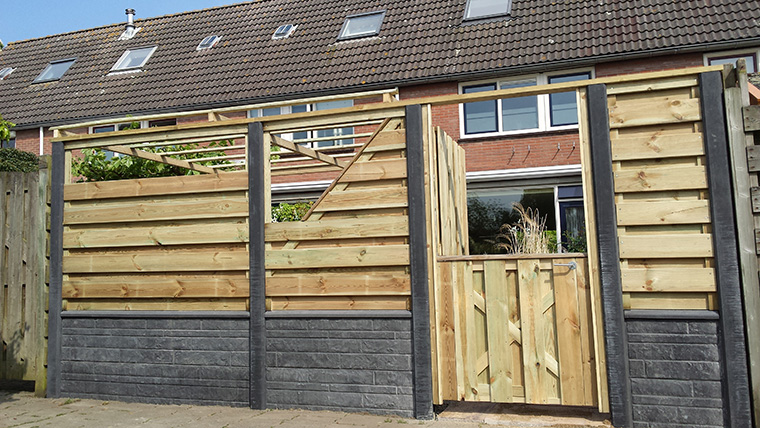 schutting-plaatsen-hout-beton